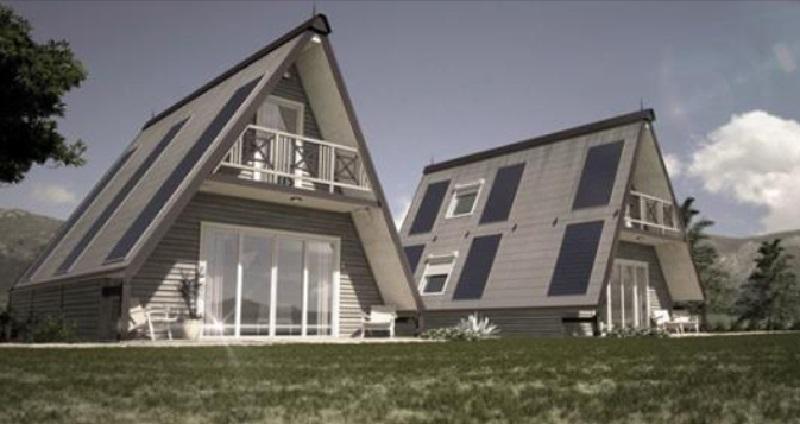 Une maison en forme de triangle 28 000 euros et elle for Maison en triangle
