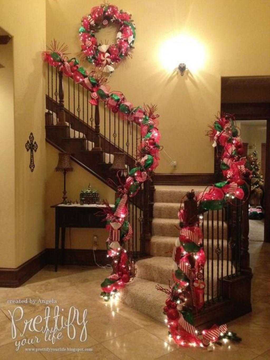 15 id es originales pour d corer votre escalier pour no l et les f tes de fin d 39 ann e - Decoration escalier noel ...