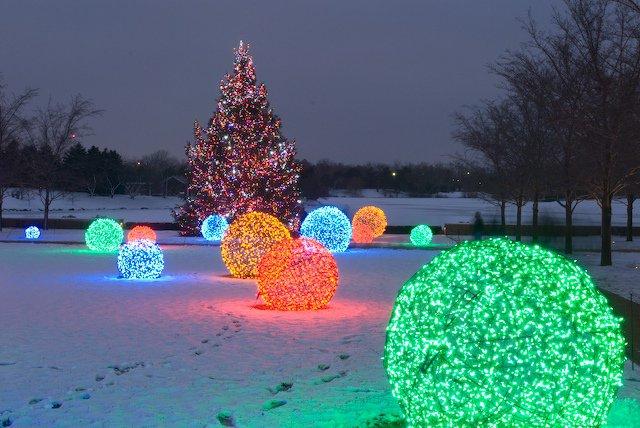Comment fabriquer des boules géantes illuminées ?