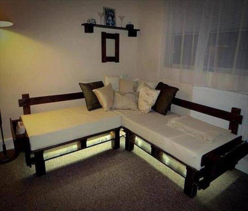10 mod les de canap fabriquer avec des palettes de bois am nagez un salon ext rieur peu de. Black Bedroom Furniture Sets. Home Design Ideas