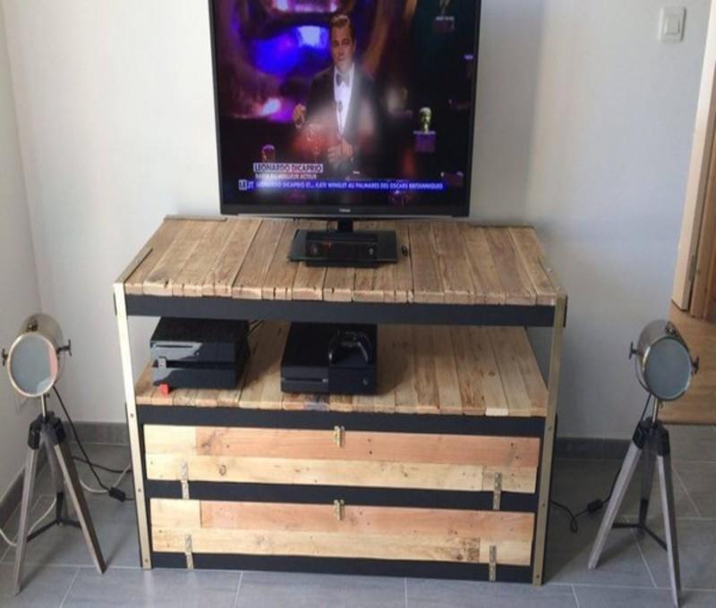 relookez un vieux meuble ikea avec du bois de palettes 10 belles id es pour vous inspirer. Black Bedroom Furniture Sets. Home Design Ideas