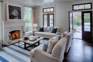 cette belle maison ancestrale a t enti rement r nov e. Black Bedroom Furniture Sets. Home Design Ideas