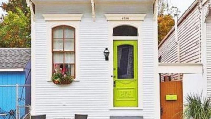 Visitez cette petite maison historique de style « shotgun »